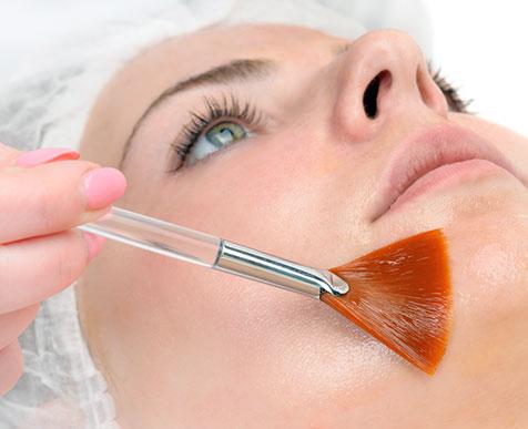 Peeling du visage à Annonay en Ardèche - Dr Verron